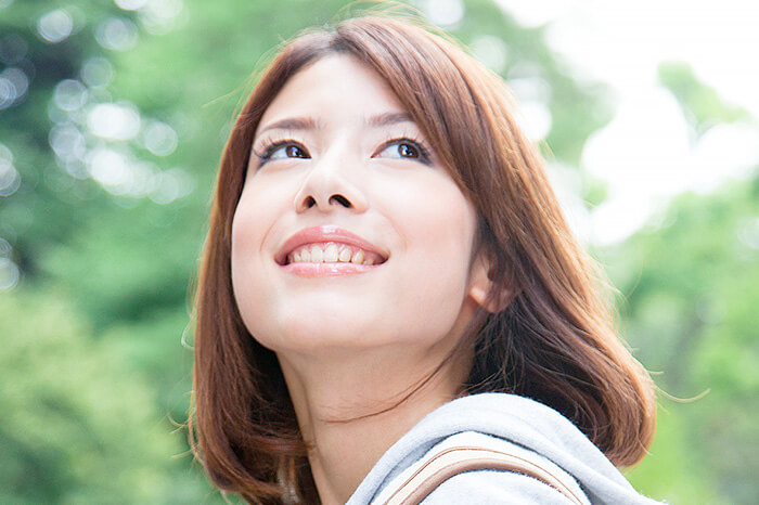 ステインの付着を防ぎ、歯を健康に美しく
